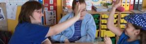 Světový den autismu aneb ŠKOLA svítí modře